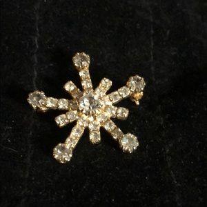 "1"" Brooch Gold Tones Beautiful  30 stones"